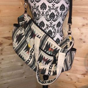 {World Market} NWOT Travel Duffle Bag